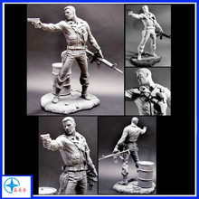 cutom CS figurine resin solider statue with a gun