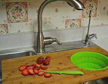 kitchen bamboo cutting board set design with plastic