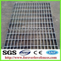 Galvanized Serrated Flat Bar Steel Grating With Twisted Square Rod For Stairs And Treads