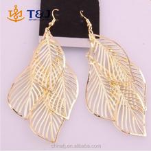 2015 Hot Selling Fashion Personality New Style Tassel Metal Big Leaf Earrings