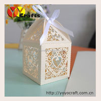 100pieces/lot christmas party boxes laser cutting christmas favour box with ribbon