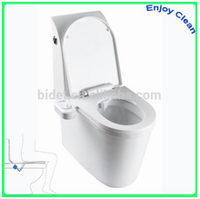 Travel Bidet for disposable paper toilet seat cover