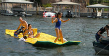 New Design Water Floating Bed and Floating Water Games Walk on Swimming Pool Floating Mat