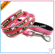 Fashion retractable polyester pet leash with pvc logo