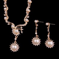 2015 Hot Designer Gold Plated Pearl Jewelry Set Crystal 2pcs Necklace& Earrings for Women Bridal Wedding Party Gift A3024