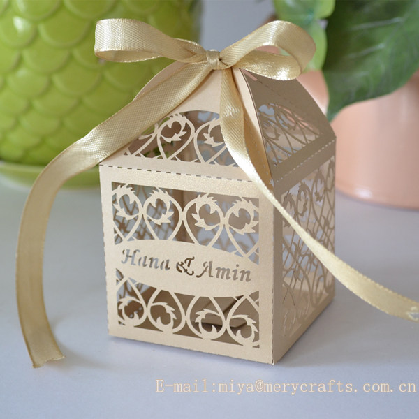 Wedding Gift For Guest Diy : DIY wedding.laser cut wedding favor/cupcake box,wedding favors sweet ...
