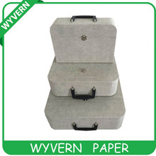 paper file case with palstic handle on wyvern