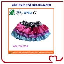özelleştirilmiş sıcak satış kaliteli kısa etek giyen kız