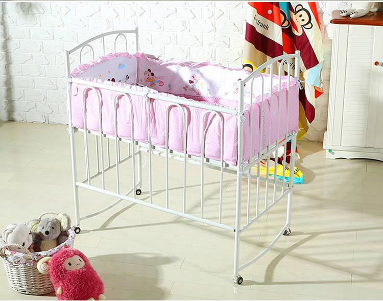 mat riau m tallique et lit de type super belle lit b b berceau balan oire lit barreaux b b. Black Bedroom Furniture Sets. Home Design Ideas