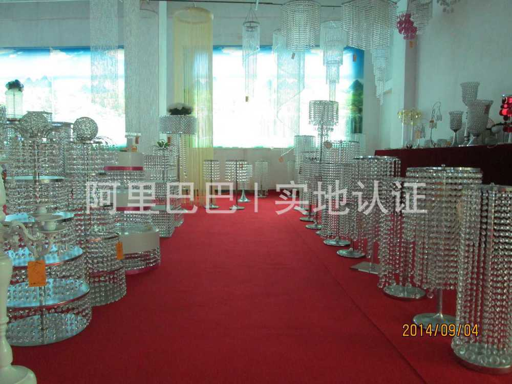 Alta y elegante color oro wedding cristal candelabros candelabros ...