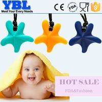 2015 fashion silicone teething pendant for baby wholesale food grade silicone baby teething pendant