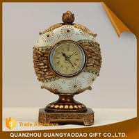 China new design popular clock resin handicraft products