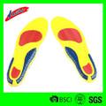 moldeado de la plantilla para los zapatos deportivos