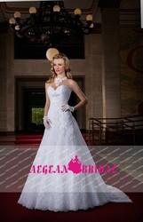 ZL294 New Fashion 2015 Vestido De Noiva Sweetheart Lace Wedding Dress With Long Tail