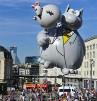 2015 Custom inflatable cartoon character balloon,inflatable rat,inflatable cartoon