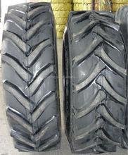 18.4x38 traktör lastikleri kullanılan çiftlik traktör