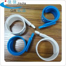 cheap logo promotional pen/conductive ballpoint pen/silicone slap band