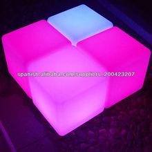 remoto LED parpadea silla de cubo y mostrador de bar