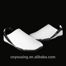2014 nuevo diseño blanco personalizado de taekwondo zapatos