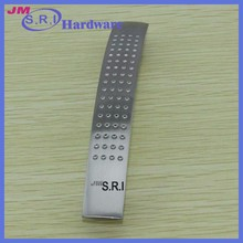 Novel and simple 96mm pitch recesse zinc alloy cabinet handle