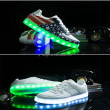 Supply waterproof nylon super soft LED flash shoes can be customized LOGO