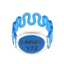 Elastic Plastic LF ID TK4100 RFID Wristband for SPA CABINET LOCK