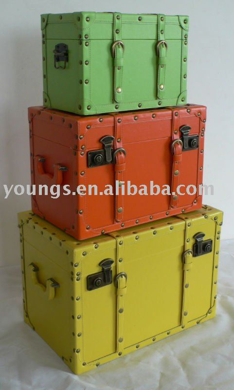 Decorative storage wooden boxes trunks and suitcase buy - Decorative trunks and boxes ...