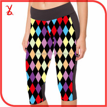 CT35 Digital printing new spring and summer color diamond lattice 7 points Leggings female sports pants yoga