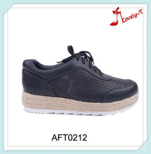 2015 lady hollow out upper classic OEM low price flat straw sole shoes