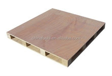 wood pallet with plywood board