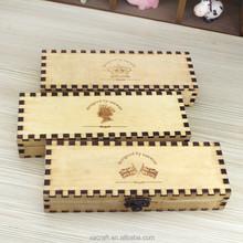 The new wood handmade retro creative stationery pencil case