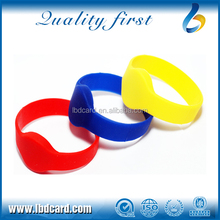 Waterproof silicon RFID wristband / Smart wristband buy direct from china manufacturer