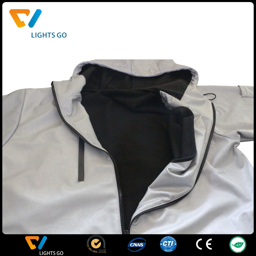 China EN471 Safety glow in the dark reflector fabric.jpg