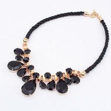 El último diseño grueso collar de perlas coloridas Bohemia