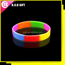 2015 customized newest design silicone wristband for promotion