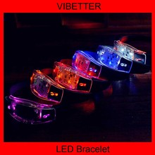 "2014 new stuff to sell silicone 8""led flashing bracelet for events"