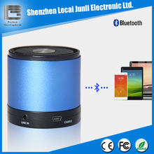 Round Bluetooth active speaker with rechargeable battery