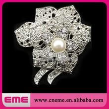 Flower Pearl Jewelry Cheap Bridal Crystal Rhinestone Brooch For Wedding Cards