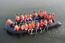 8 meters Inflatable Long Boat salvage pontoon boat for sale