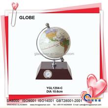 plastic deskpot globe with wood base YGL1204-C
