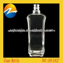 China de fábrica de la venta de vidrio de alta calidad adornados botellas de vino Vidrio al Por Mayor