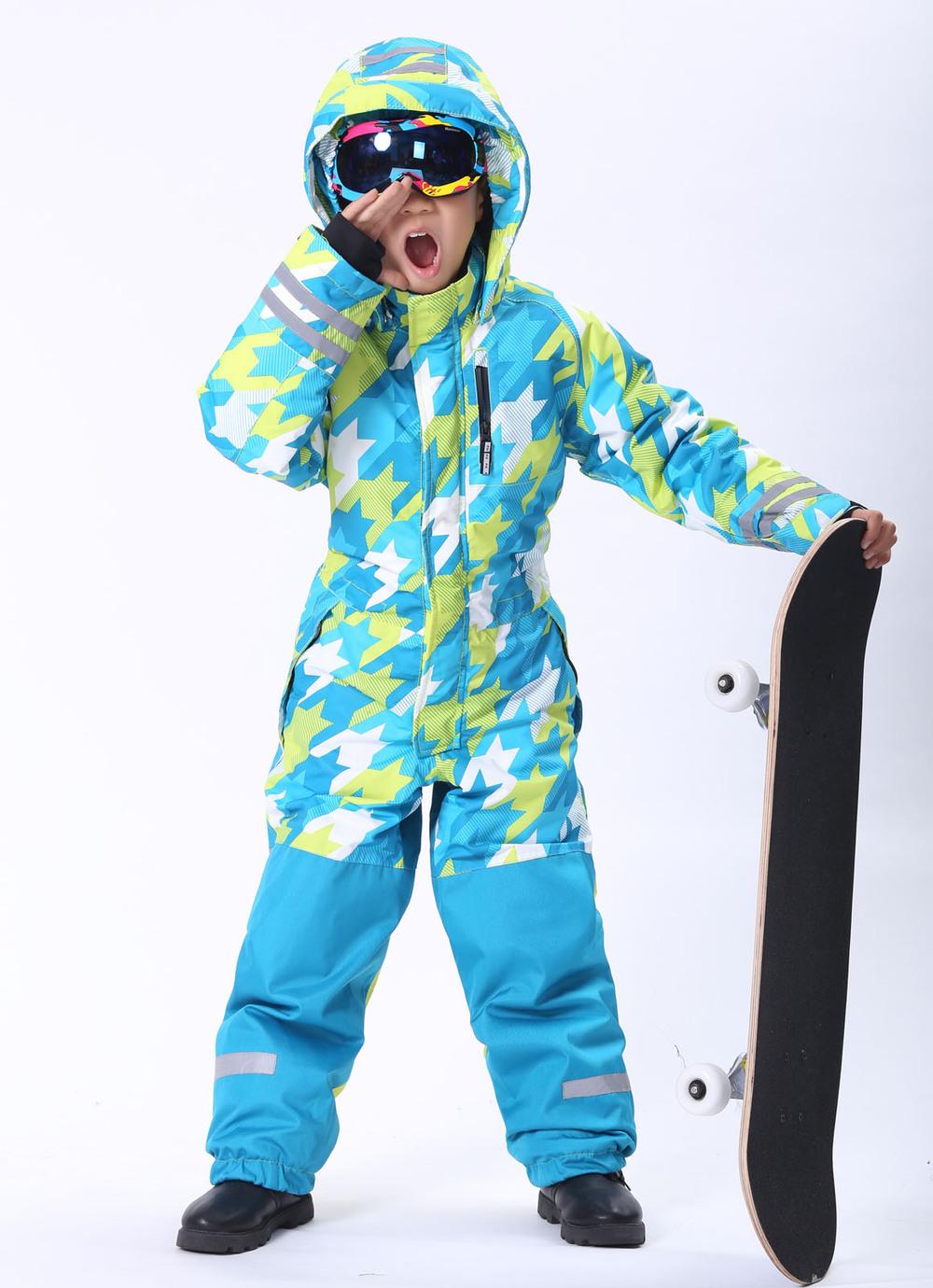 ski wear (3).jpg