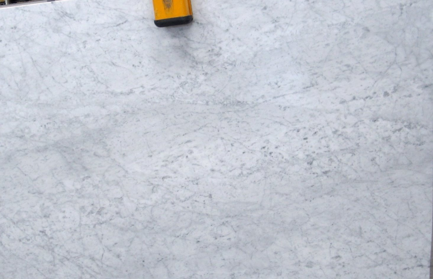 Bianco carrara c de m rmol for Color del marmol de carrara