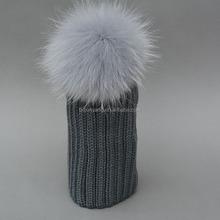 Di moda il cappello/fiore jacquard berretti sportivi/pompon di pelliccia di