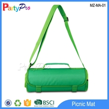 2015 hot sale Picnic Blanket Mat with shoulder Camping Waterproof Rug Mat with shoulder