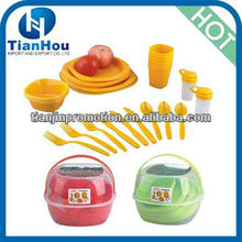 protable camping plastic picnic basket set 6 person picnic set picnic cooking set