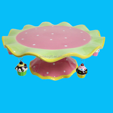 Ceramic Pedestal Cake Stand with Cupcake Charms