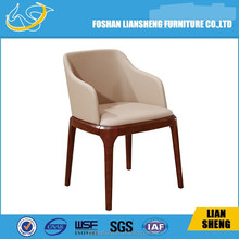 DC013-04-20 modern wooden base PU leather luxury dining chair