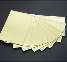 1.5mm un lado de la superficie metalizar oro laminado tablero gris