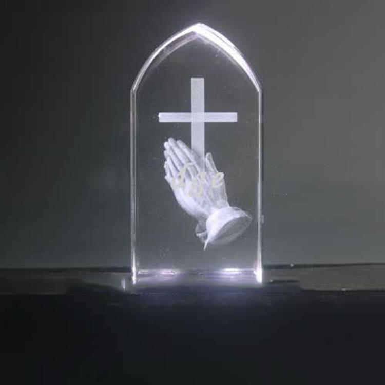 3d laser gravieren Gebet hand kristall laser gravur cube laser kristall würfel